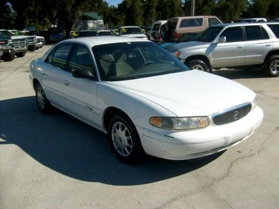 1999 Buick Century Clean 4 door car with only 100k nice cd player cle