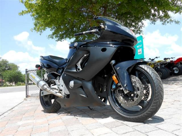 2006 Yamaha YZF-600R LOW MILES - 3500 Sport Touring bike in great shape