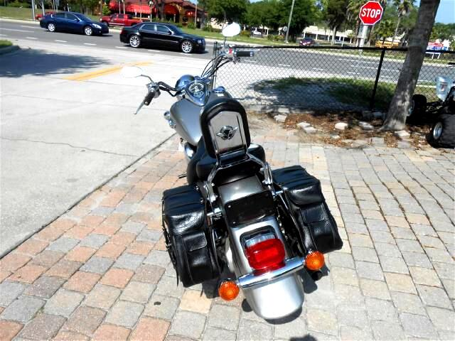 2005 Kawasaki VN1500-N Big CC Cruiser motorcycle runs great and clean