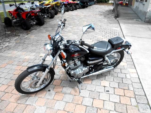 2001 Honda CMX250C Rebel 250 small cc cruiser starter bike
