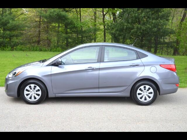 2016 Hyundai Accent SE 4-Door