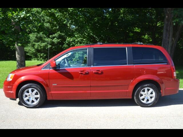 2008 Chrysler Town & Country Touring with Signature Package