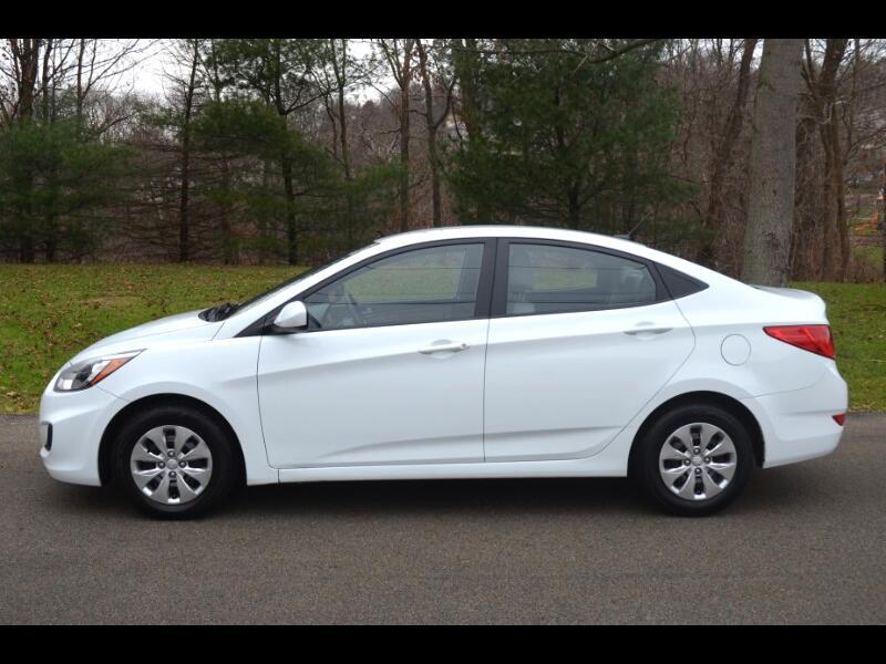 2016 Hyundai Accent SE 4 DOOR SEDAN