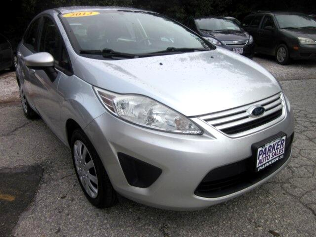 2013 Ford Fiesta 4dr Sdn S