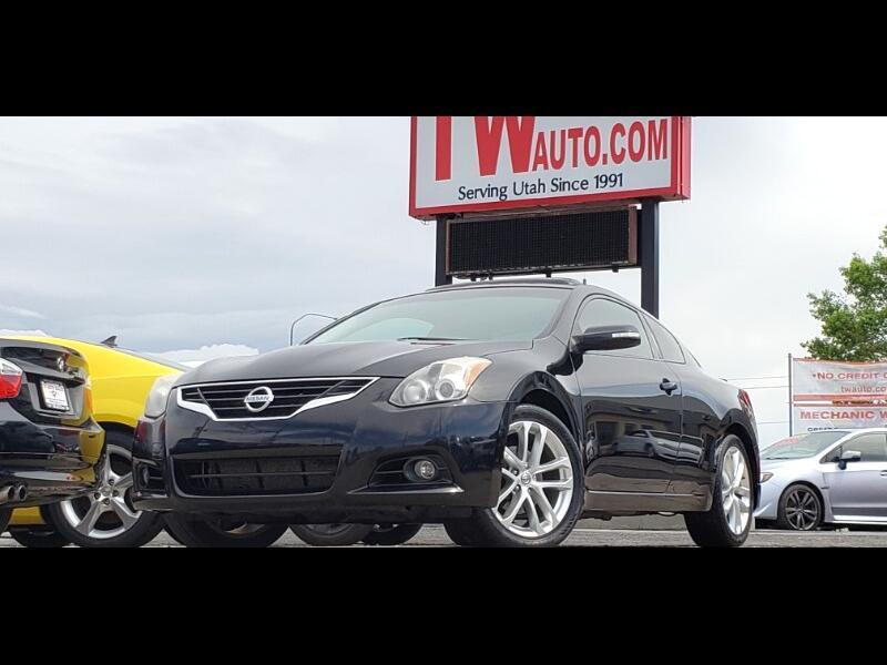2012 Nissan Altima 3.5 SR CVT Coupe