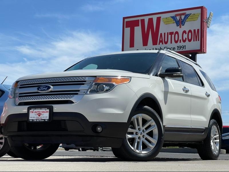 Ford Explorer XLT 4WD 2011