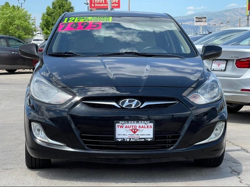 Hyundai Accent GLS 4-Door 2012