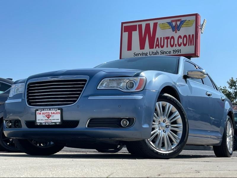 Chrysler 300 C AWD 2011