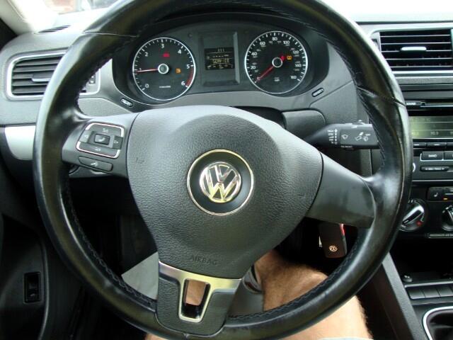 2012 Volkswagen Jetta 4dr Manual TDI