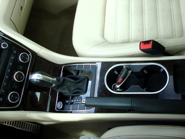 2015 Volkswagen Passat 4dr Sdn 2.0L TDI DSG SEL Premium