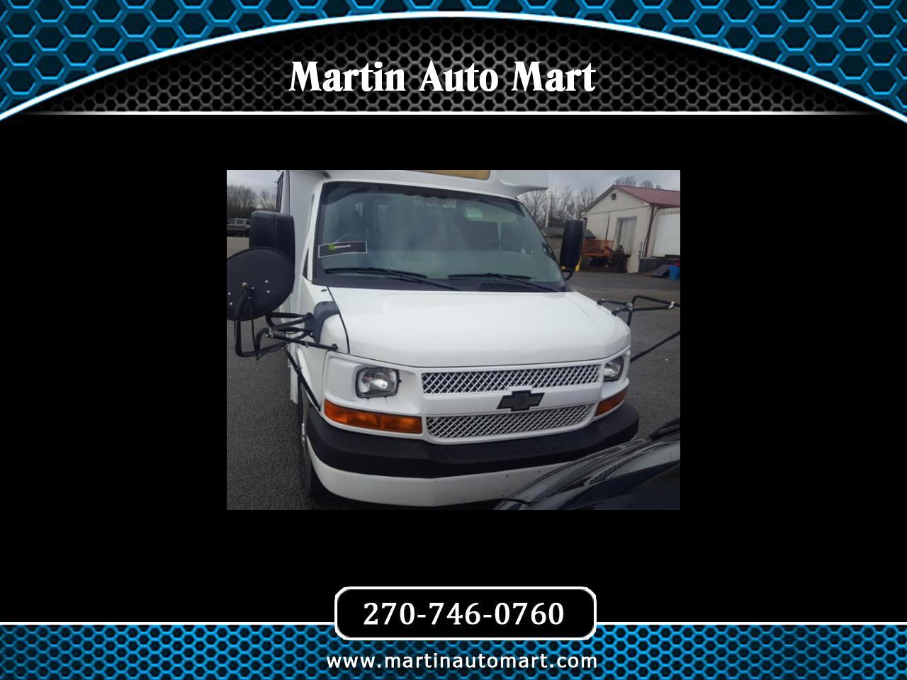"Chevrolet Express Commercial Cutaway RWD 3500 139"" WB Work Van 2010"