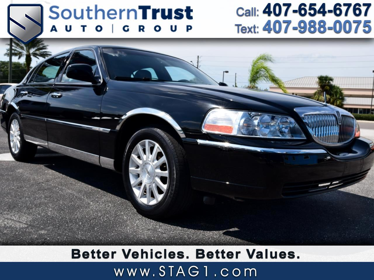 Lincoln Town Car 4dr Sdn Signature 2006