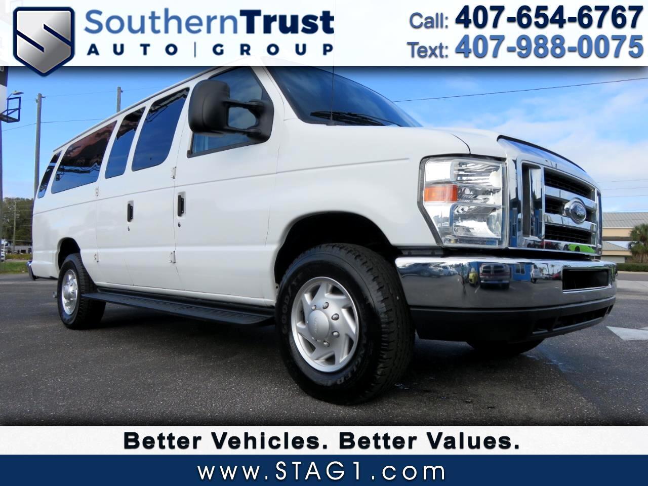 Ford Econoline Wagon E-350 Super Duty Ext XLT 2012