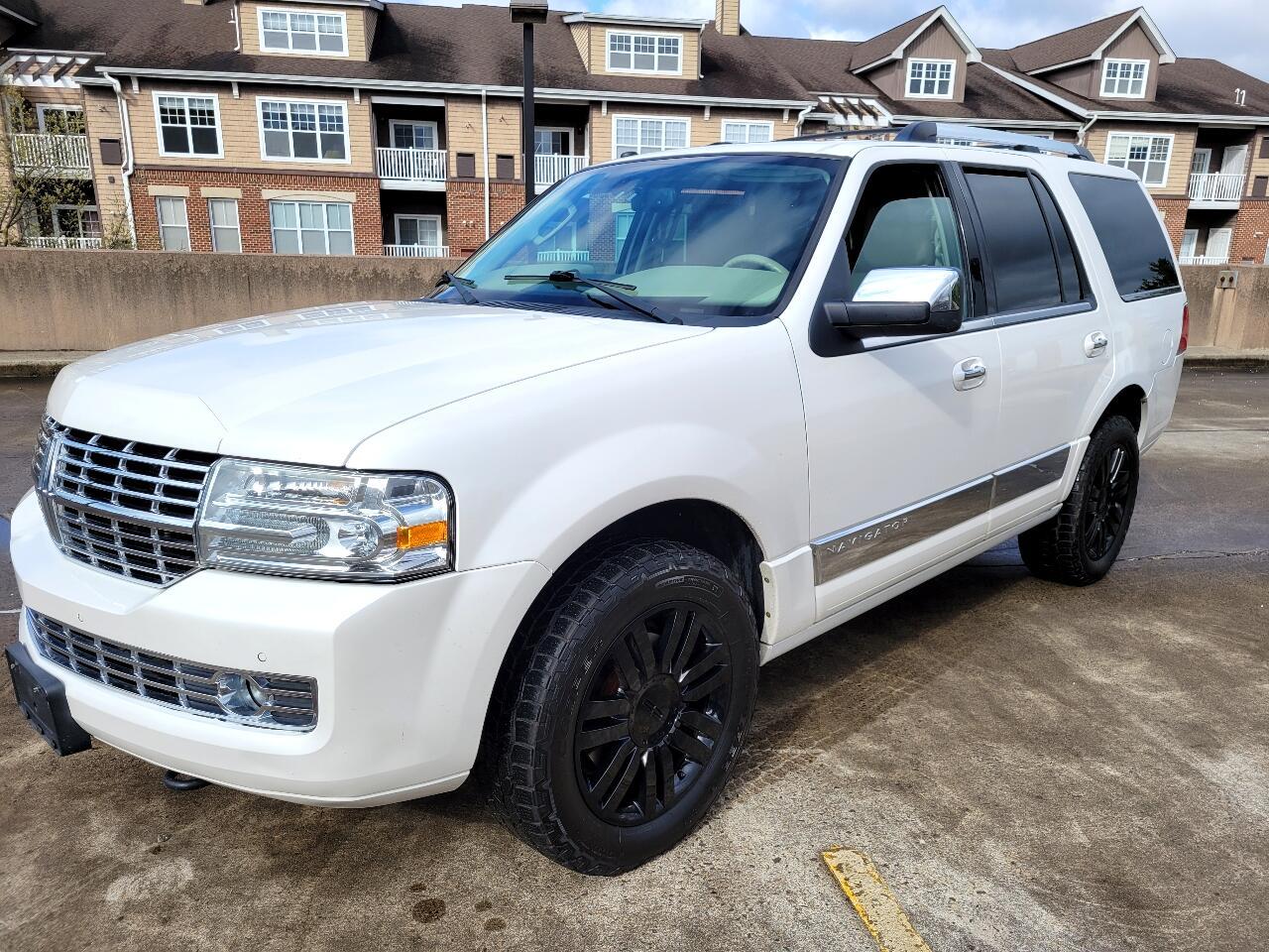 Lincoln Navigator 4WD 2011