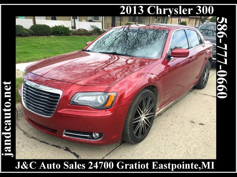 2013 Chrysler 300 S V6 RWD
