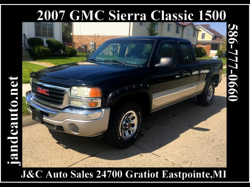 2007 GMC Sierra Classic 1500 SL Ext. Cab 4WD