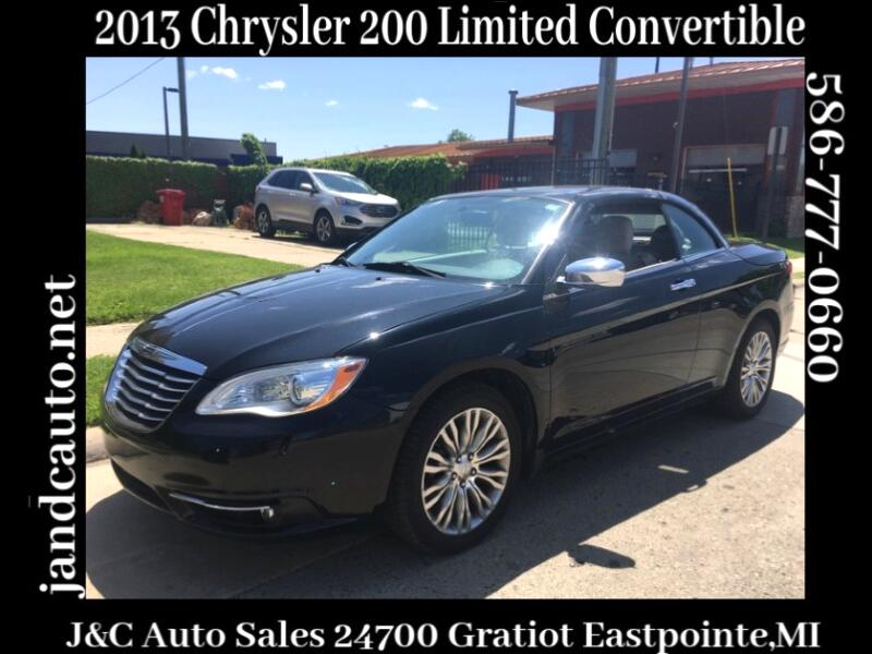 2013 Chrysler 200 Limited Convertible