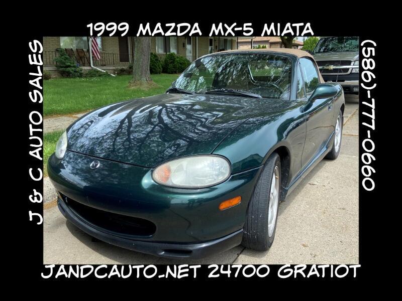 Mazda MX-5 Miata Base 1999
