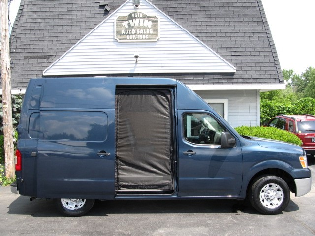 2013 Nissan NV Cargo 2500 HD S High Roof Screened Doors Cargo or Campin