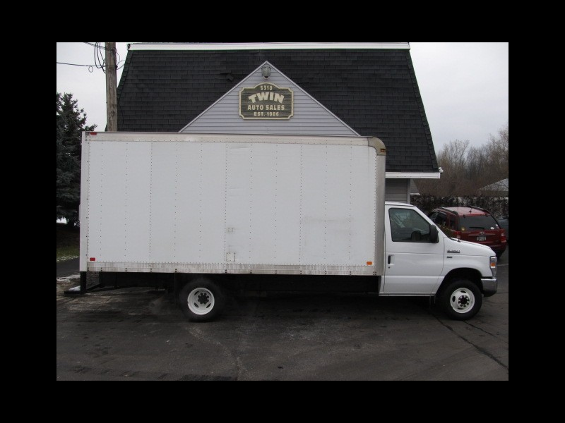 2015 Ford Econoline E350 SD 16' Cube Body Roll-Up Door DRW