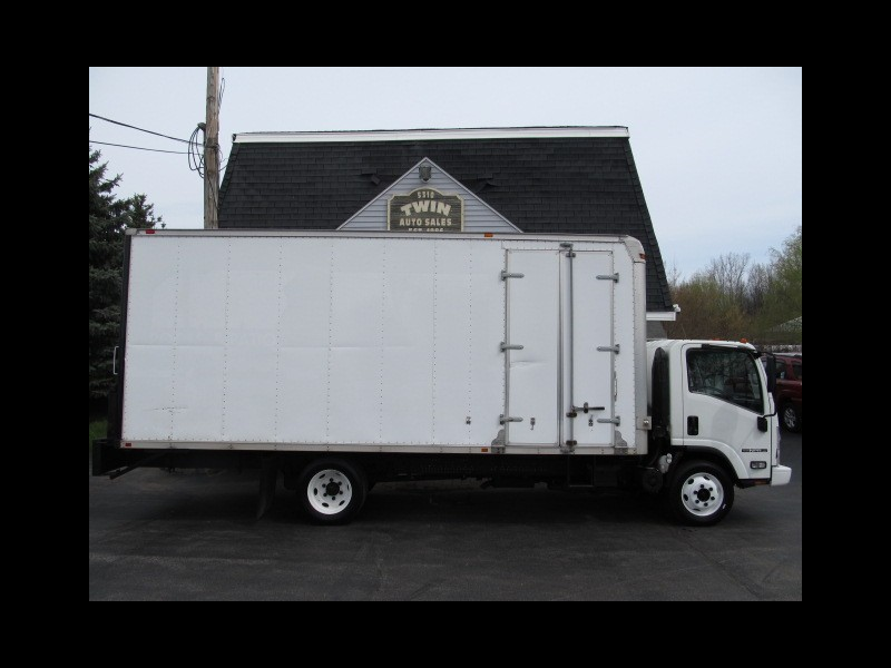 2012 Isuzu NPR 20' Box Pull-out Ramp Curbside Door