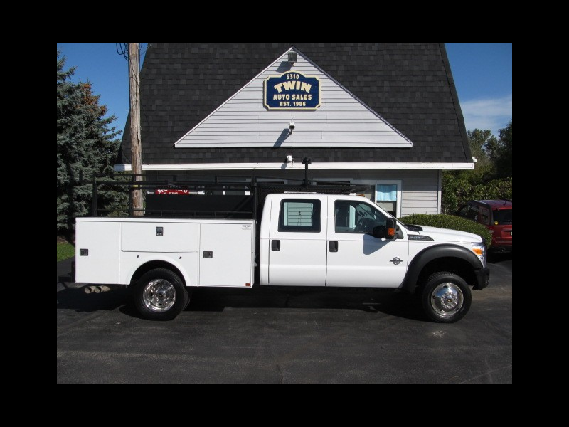 2016 Ford F-450 SD 4X4 Crew Cab Open Utility Body Ladder Rack DRW Die