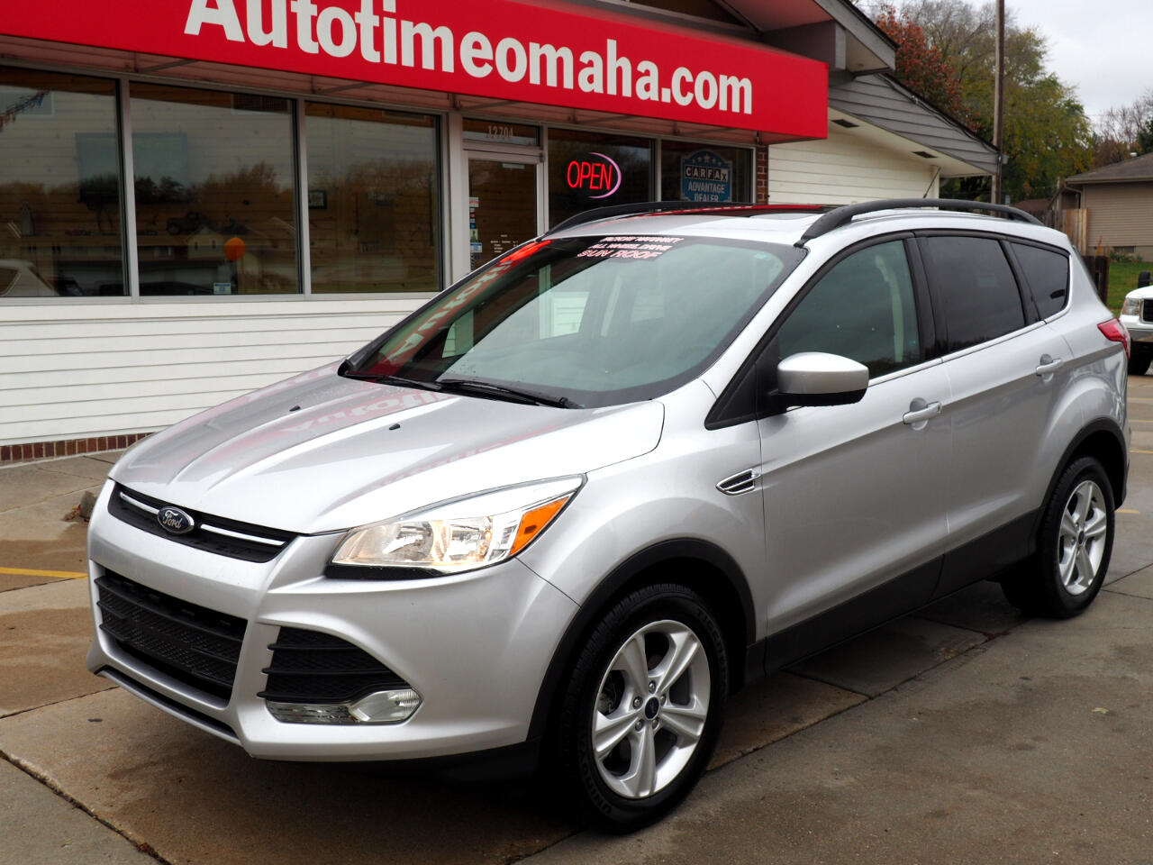 2016 Ford Escape SE 4 Wheel Drive With Sunroof