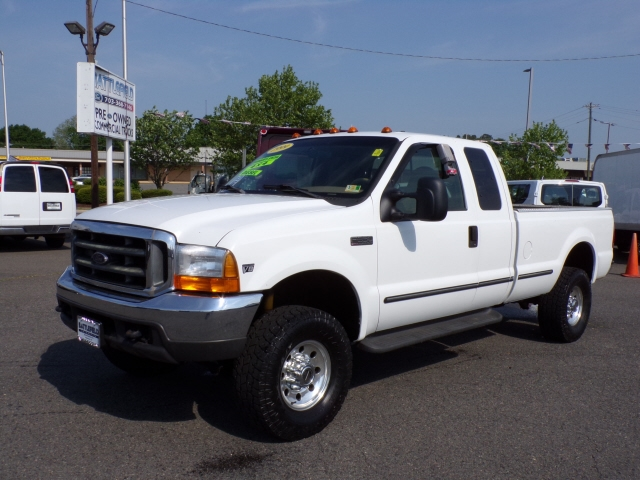 1999 Ford F-350 SD Lariat SuperCab SWB 4WD