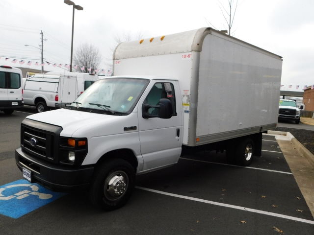 Ford Econoline E-350 Super Duty 2017