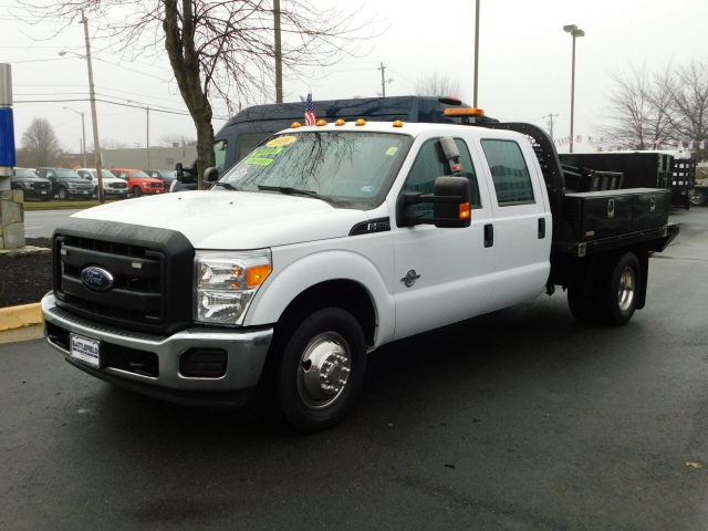 Ford F-350 SD XL Crew Cab Long Bed DRW 2WD 2016