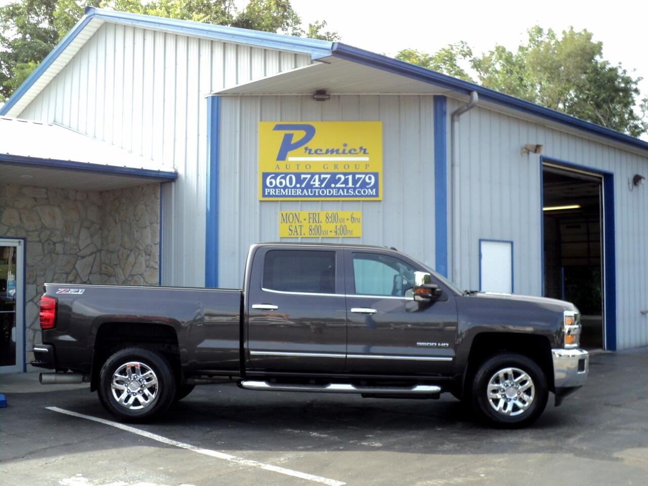 "2015 Chevrolet Silverado 3500HD Built After Aug 14 4WD Crew Cab 153.7"" LTZ"