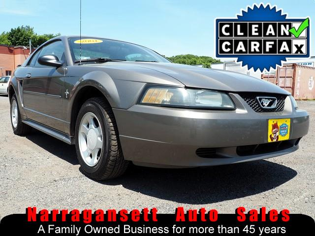 2001 Ford Mustang V-6 Auto Air Full Power CD Only 117K Super Clean