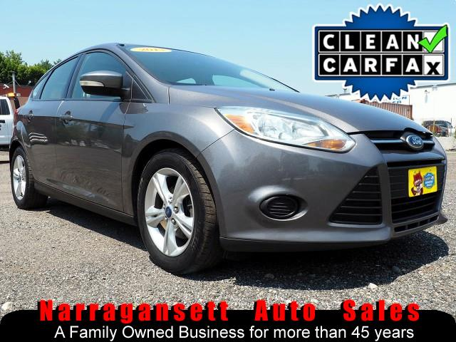 2013 Ford Focus SE 5-Speed Air Full Power Super Nice Gas Saver
