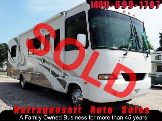 2004 Thor Motor Coach Hurricane  30' Class A Sleeps 6  Only 40K 1-Owner Super Nice