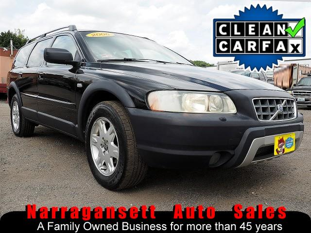 2006 Volvo XC70 AWD Fully Loaded Black on Black Leather Moonroof