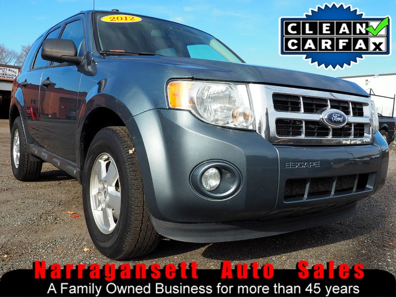 2012 Ford Escape XLT Auto Air Full Power Super Clean SUV Must See