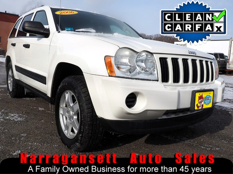 2006 Jeep Grand Cherokee 4X4 V-6 Auto Air Full Power Leather Super Clean