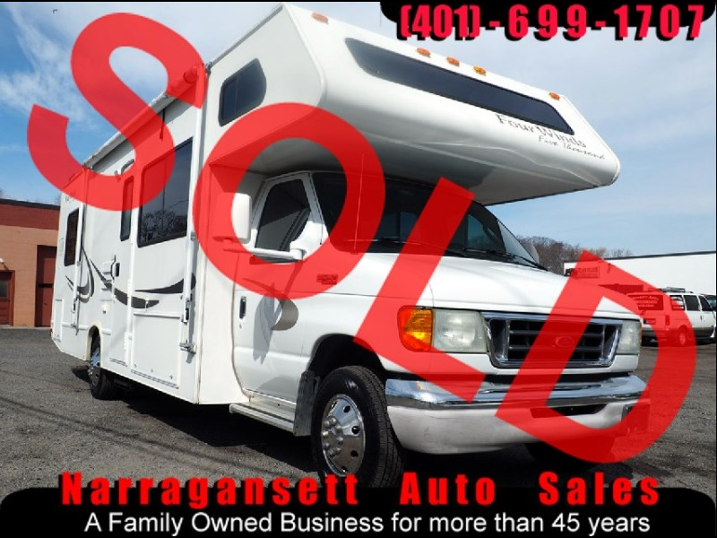 2004 Ford E450 Four Winds 29' Class C V-10 Sleeps 8 Only 20K