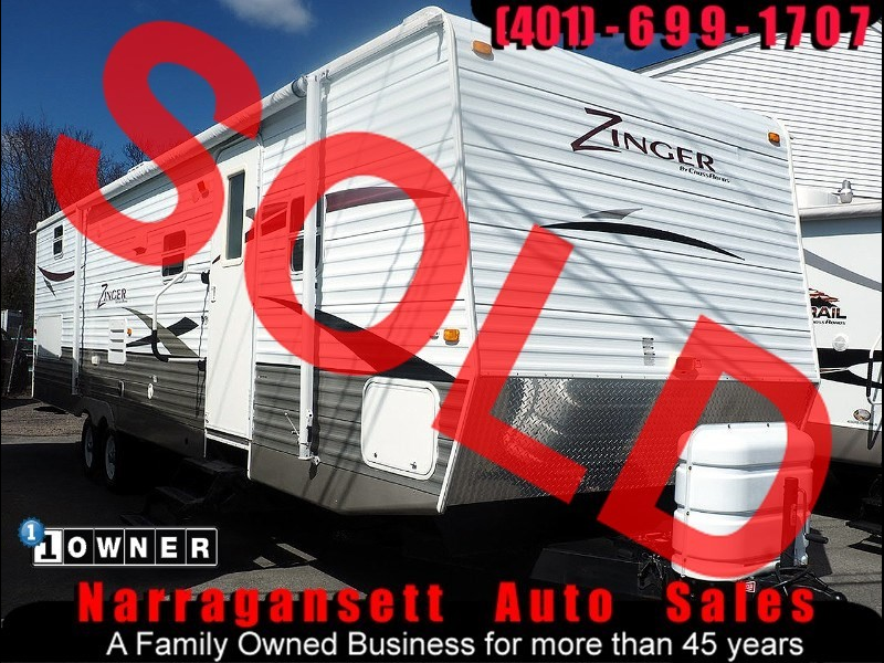 2009 Crossroads Zinger 32' Bunkhouse 2 Slide-Outs sleeps 10 Very Spacious
