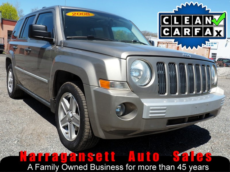 2008 Jeep Patriot Limited 4X4 Leather Moonroof  Super Clean