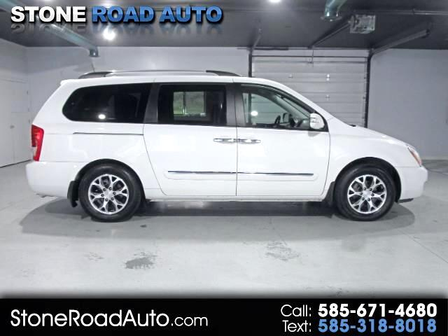 2014 Kia Sedona EX LWB (w/ Wheelchair Lift)
