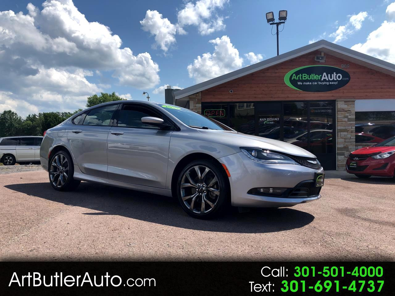 Chrysler 200 4dr Sdn S AWD 2015