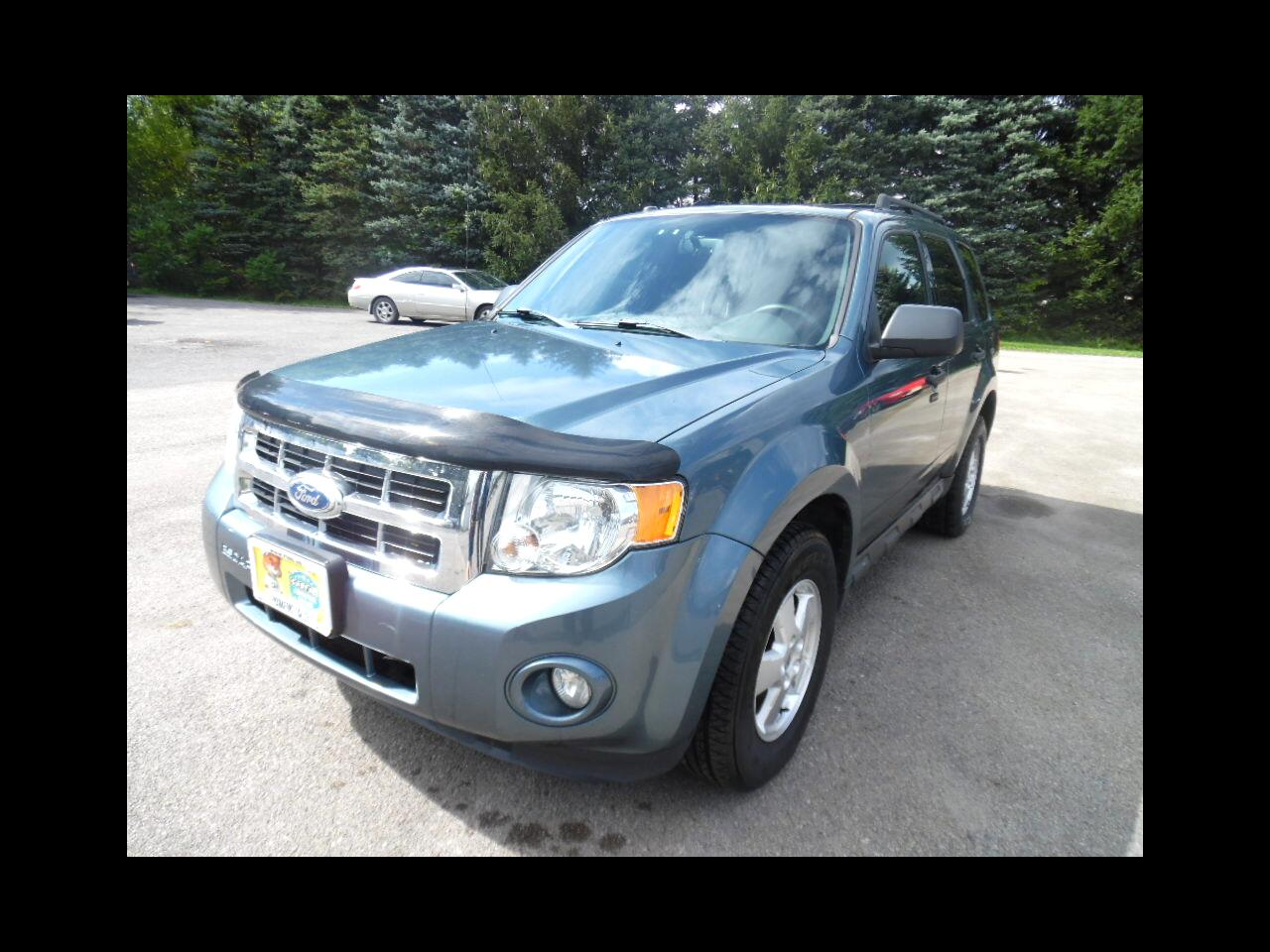 Ford Escape 4WD 4dr XLT 2011