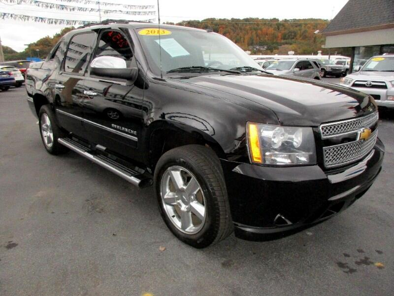 2013 Chevrolet Avalanche LTZ 4WD Diamond