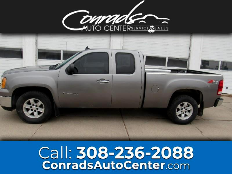 GMC Sierra 1500 Work Truck Ext. Cab Short Box 4WD 2007