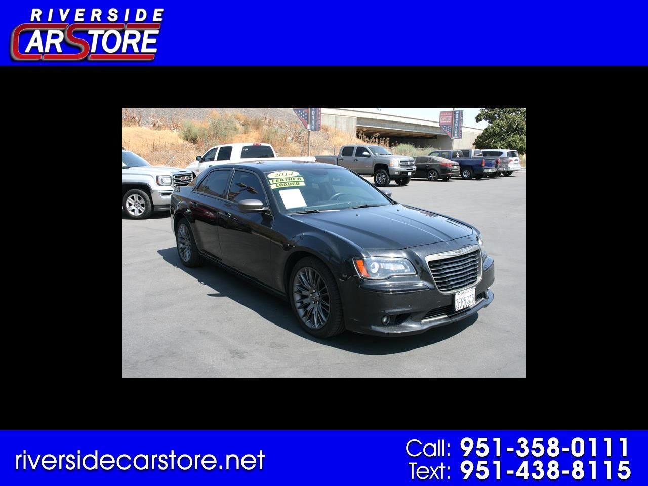 Chrysler 300 4dr Sdn 300C John Varvatos Limited Edition RWD 2014