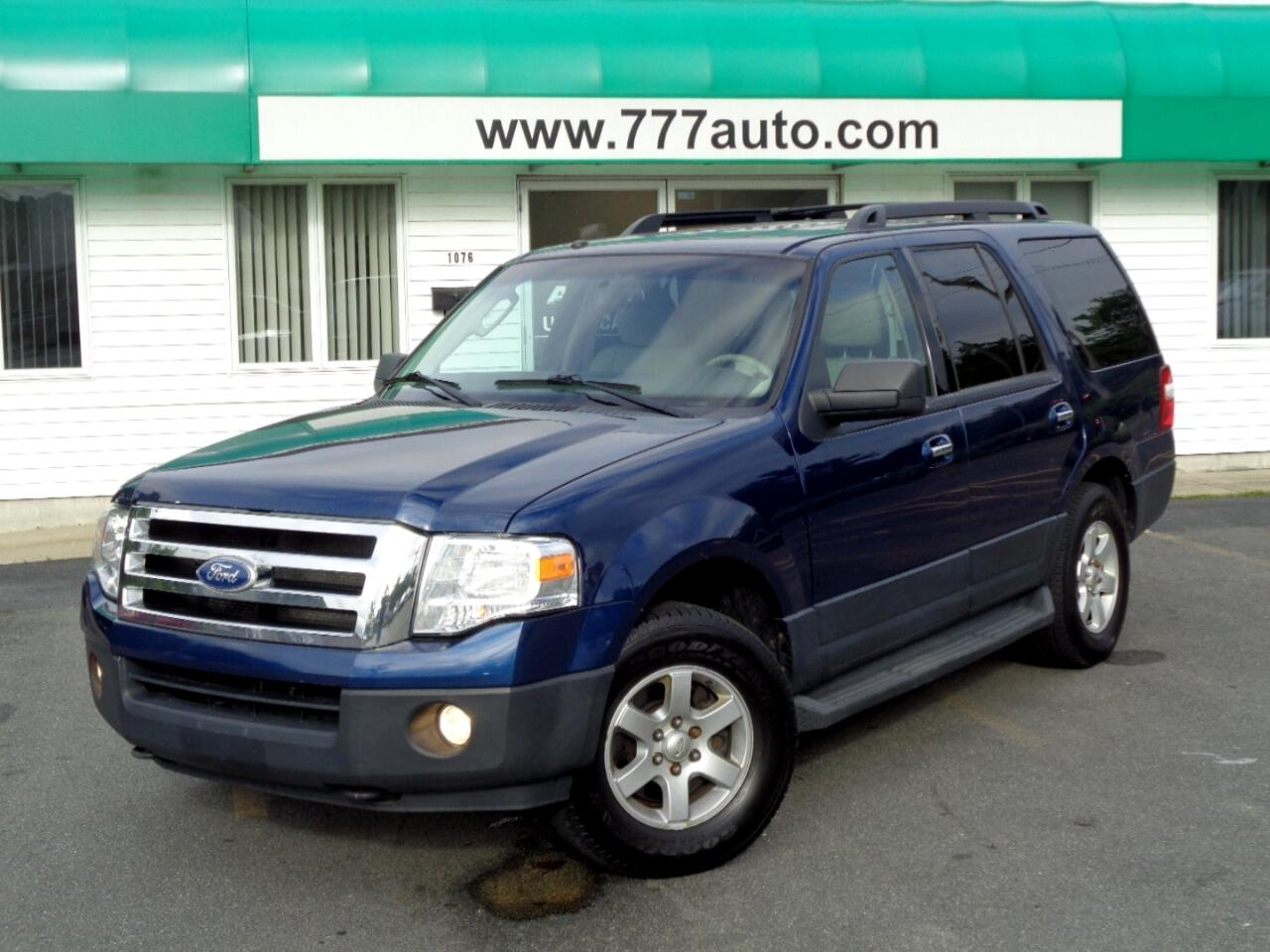 Ford Expedition 4WD 4dr XL 2011