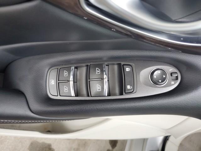 2015 Infiniti Q50 4dr Sdn Premium AWD