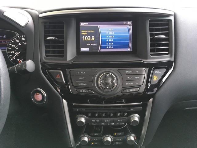 2016 Nissan Pathfinder 4WD 4dr SV