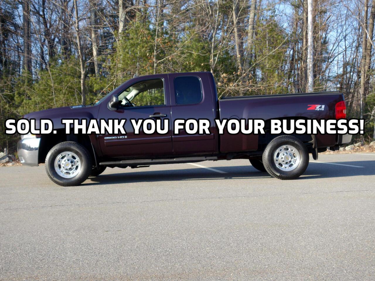 """Chevrolet Silverado 2500HD 4WD Ext Cab 143.5"""" LT w/1LT 2008"""